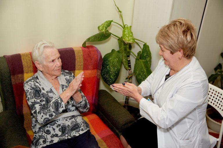 Развитие моторики рук у пожилых людей