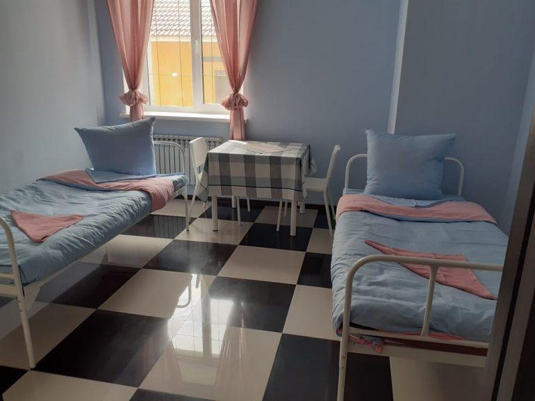 Двухместный номер пансионата для пожилых людей в Красногорске
