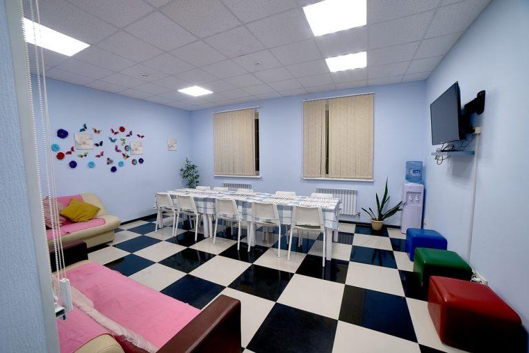 Столовая пансионата для пожилых людей в Красногорске